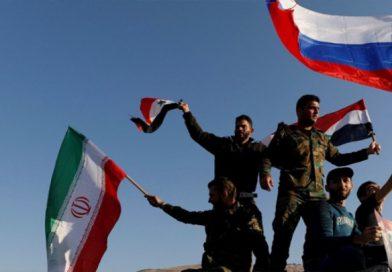 שיירות חיזבאללה ואירן מניפות דגל רוסי בתנועתם בסוריה מחשש תקיפה