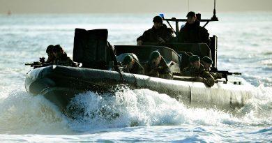 כוח קומנדו בריטי משתלט על מכלית נפט איראנית. נקודת מבט