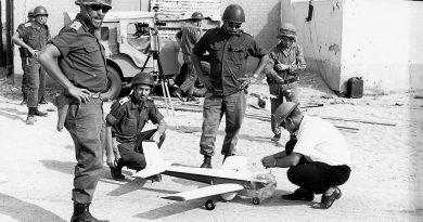 """גאווה ישראלית:50 שנה לטיסה המבצעית הראשונה בעולם של מזל""""ט"""