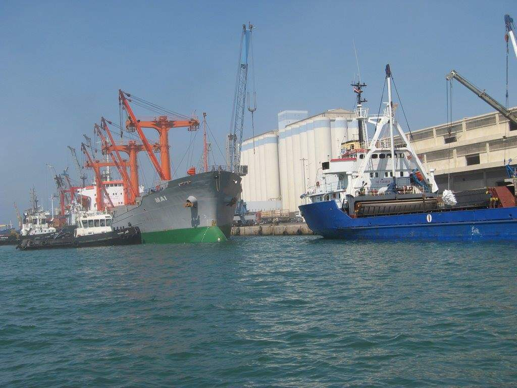 The truth behind opening a Russian fixing ships workshop in Tartus‎