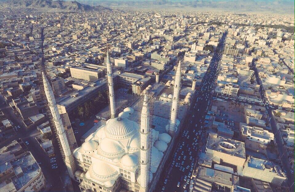 זאהדן, מסגד מאקי