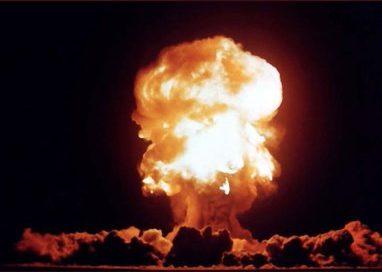 """פיצוץ עז בטהרן,מחסן טילים של משה""""מ התפוצץ והפסקות חשמל. עידכונים"""
