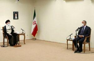 Kadhimi-Khamenei-meeting-No-shoes-p1