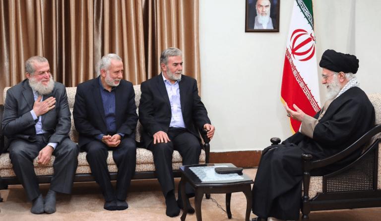 3-Khamenei-Ziad-al-Nakhala-meeting-No-shoes-Dec2018-p1