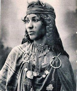 old-Berber-young-woman-early1900s-2