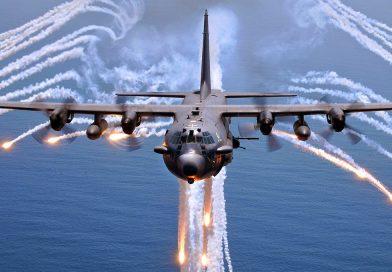 מטוס לוחמה אלקטרונית אמריקאי במשימה התקפית ליד גבול איראן