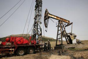 Syrian-Oilfields-wars-2-Repair-work