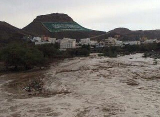 Rain-water-filled-Wadi-at-Dhahran-Al- Janoub