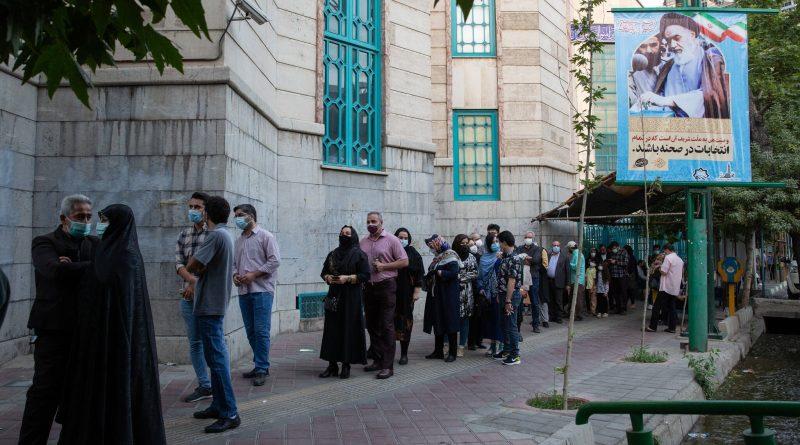 הניו יורק טיימס: מיליוני איראנים לא הצביעו .. ורואים בבחירות הונאה